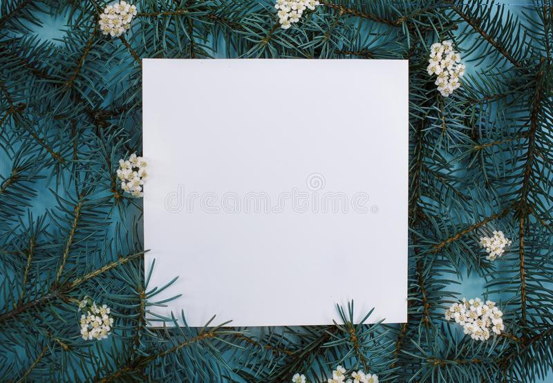 Disposizione piana creativa dell'albero di Natale fotografie stock libere da diritti