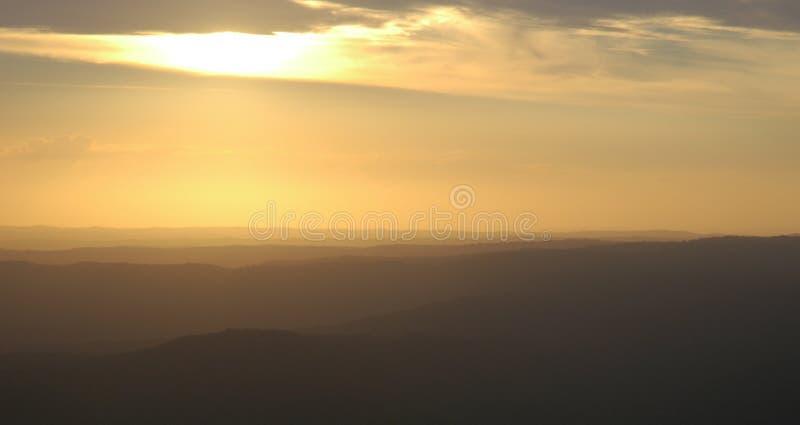Download Distanza immagine stock. Immagine di oltre, distanza, distante - 207105