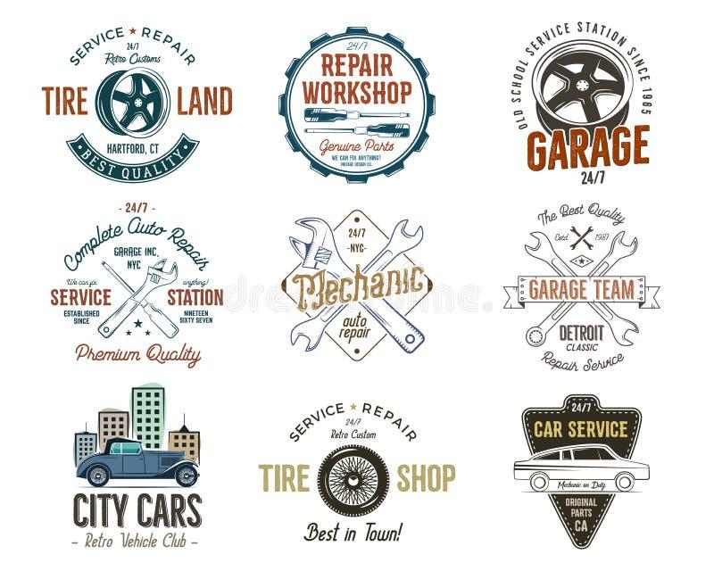 Distintivi d'annata di servizio dell'automobile, etichette di riparazione del garage e raccolta delle insegne Retro progettazione illustrazione di stock