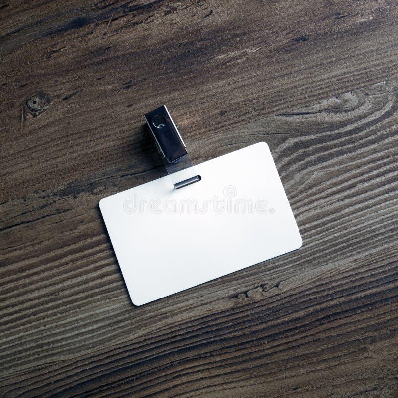 Distintivo di plastica in bianco fotografia stock libera da diritti