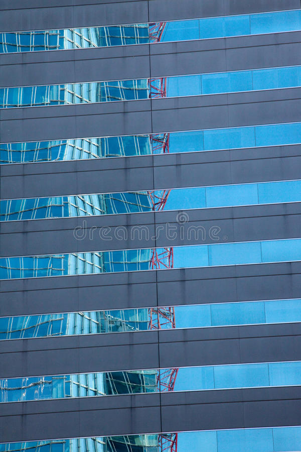 Free Distorted Reflection Of A Building Stock Photo - 19751660