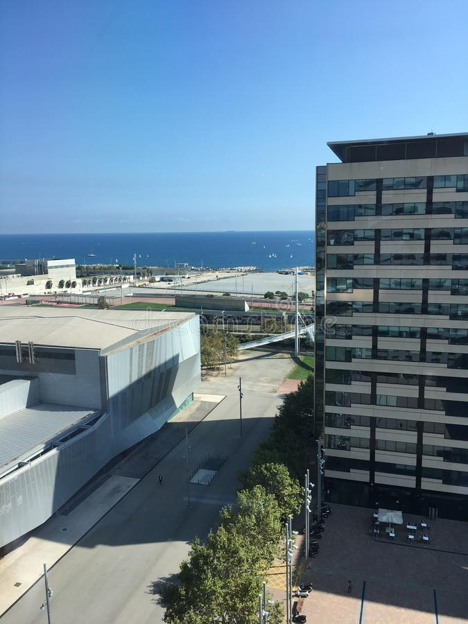 Distretto aziendale del lungonmare 22@ dell'orizzonte di Barcellona fotografia stock libera da diritti