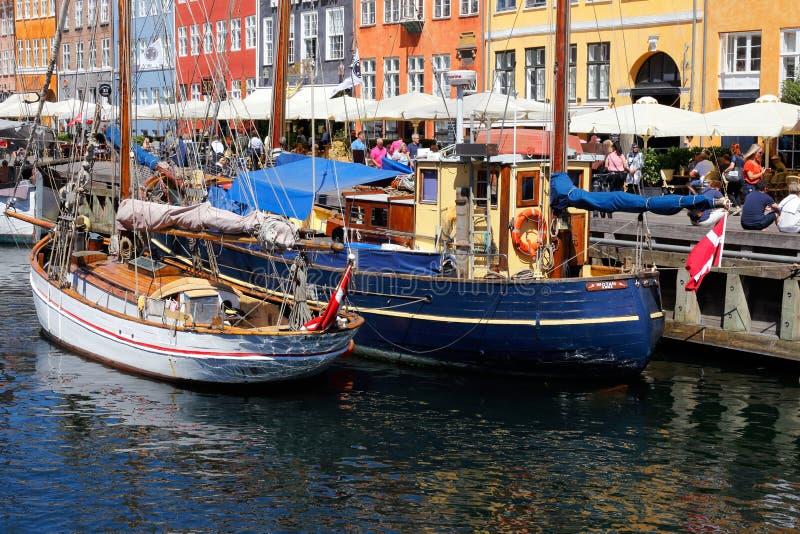Distretto Copenhaghen di Nyhavn immagini stock