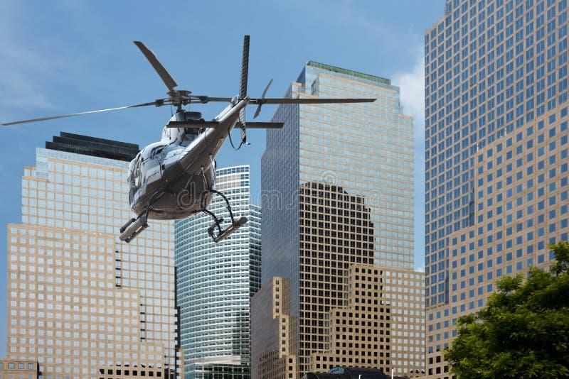 Distretto finanziario di Manhattan dell'elicottero fotografie stock libere da diritti