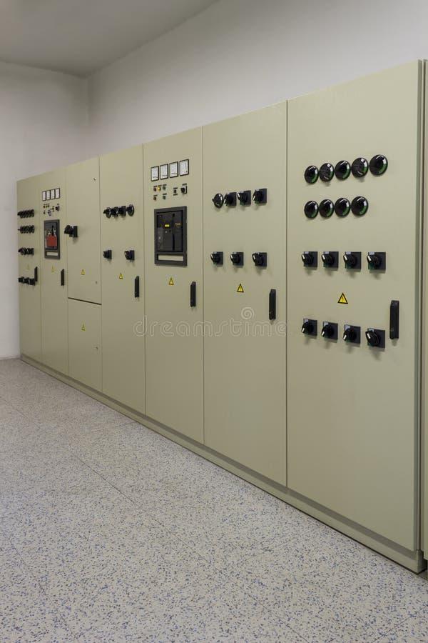 Distribución industrial de la energía eléctrica foto de archivo