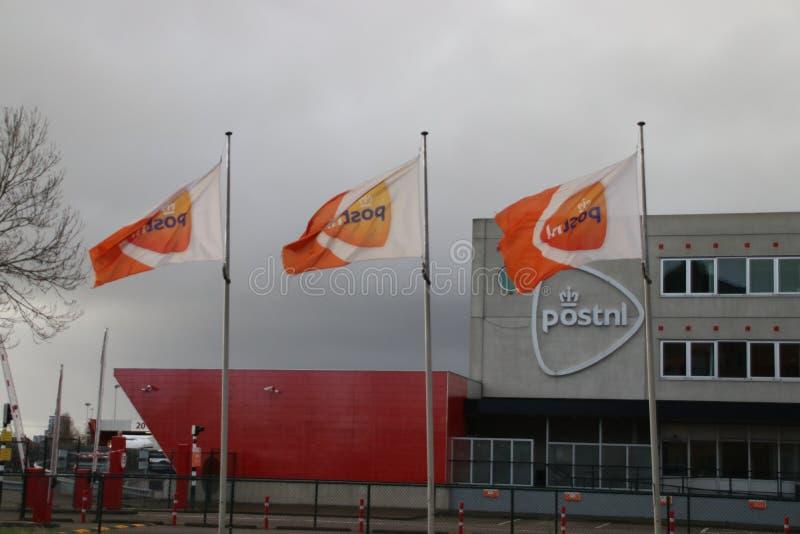 Distributiecentrum van PostNL, vroegere overheids postorganisatie in Forepark in Den Haag The Hague royalty-vrije stock afbeelding