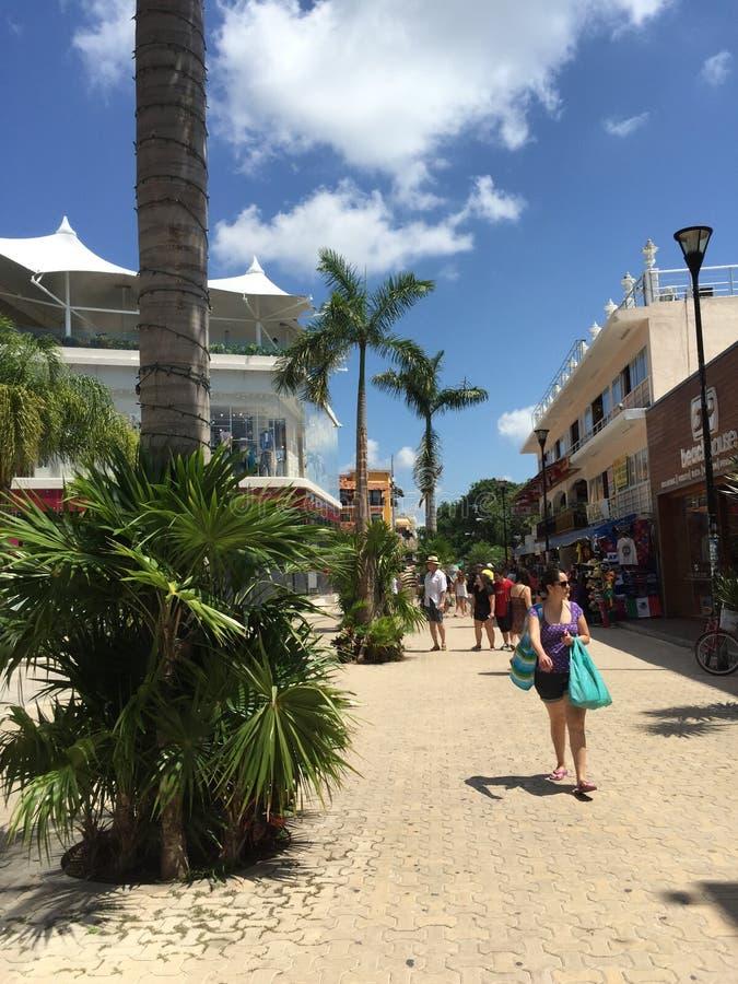 Distrito da compra de Playa Del Carmen! imagem de stock royalty free