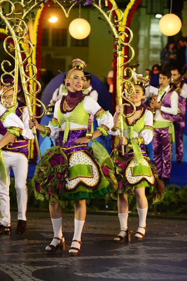 Distrito de Graça - festividades de Lisboa, desfile popular de las vecindades viejas imágenes de archivo libres de regalías