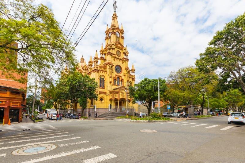 Distrito de Jesus De Nazarene Church Prado em Medellin Colômbia foto de stock royalty free