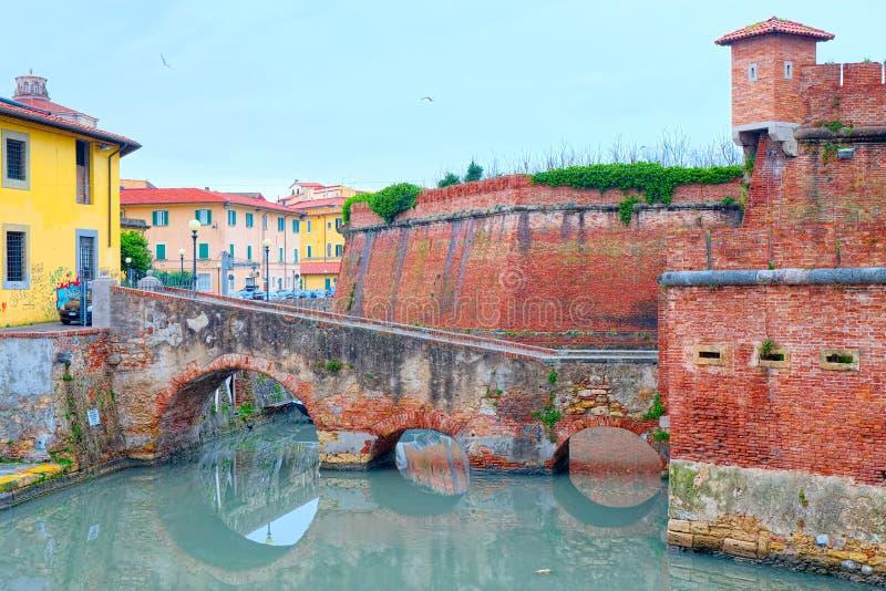 Distrito de Nuova Venezia, Livorno, vista da ilha de Fortez foto de stock