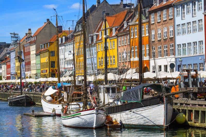 Distrito de Nyhavn em Copenhaga dinamarca fotografia de stock