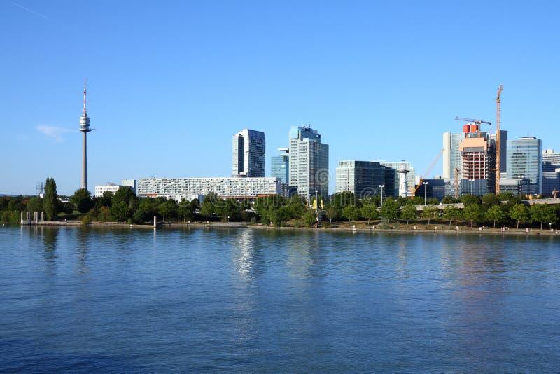 Download Viena imagem de stock. Imagem de torre, marco, riverfront - 29846885