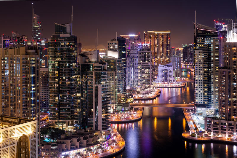 Download Distrito do porto de Dubai foto de stock editorial. Imagem de construção - 65576468