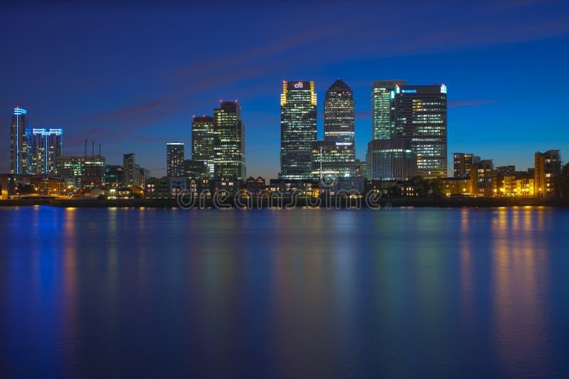 Distrito financiero de Canary Wharf imagen de archivo