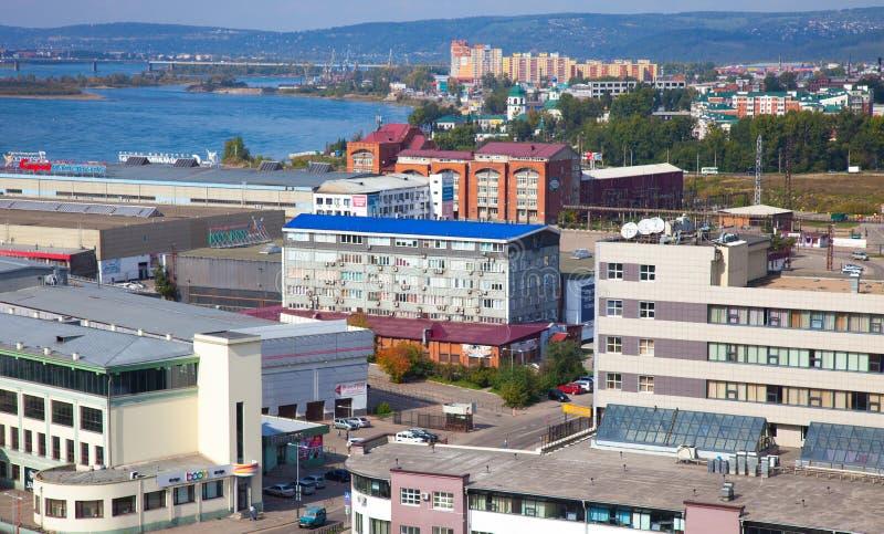 Distrito residencial en la Irkutsk, Rusia imagen de archivo libre de regalías