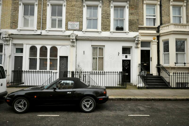Distrito residente en la carretera de Finborough en Chelsea, Londres imagenes de archivo