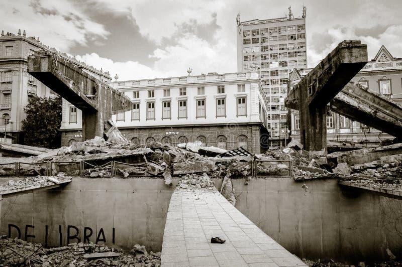 Distruzione di Perimetral a RJ fotografia stock