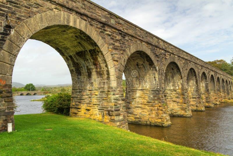 disused järnväg viaduct arkivbilder