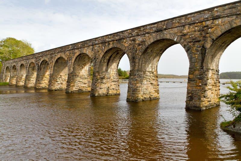 disused järnväg viaduct royaltyfri foto
