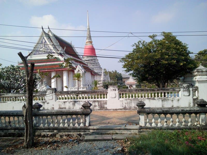Dit is Phra Samut Chedi stock foto