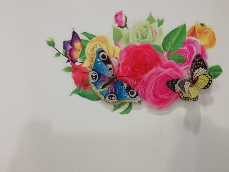Dit zijn vlinder en rozentegels royalty-vrije stock afbeelding