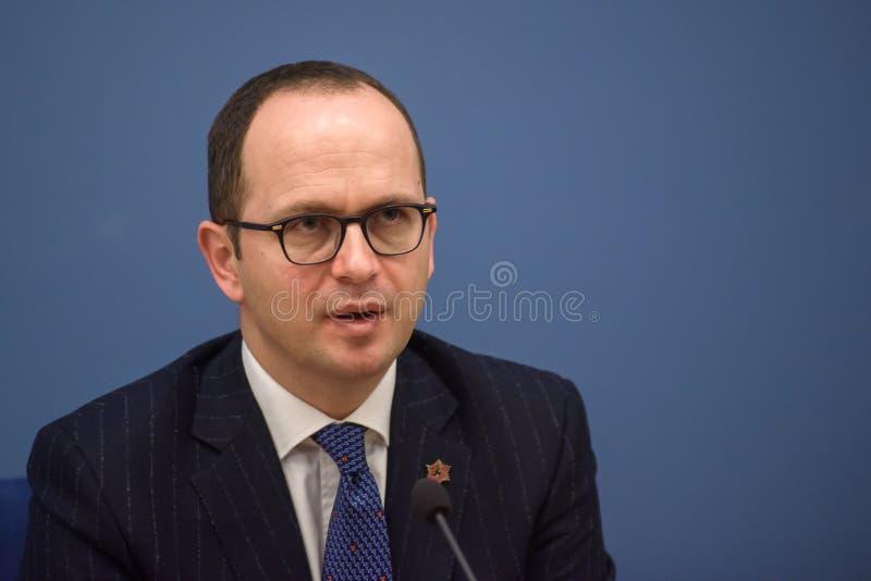 Ditmir Bushati, ministro de asuntos exteriores albanés imagenes de archivo