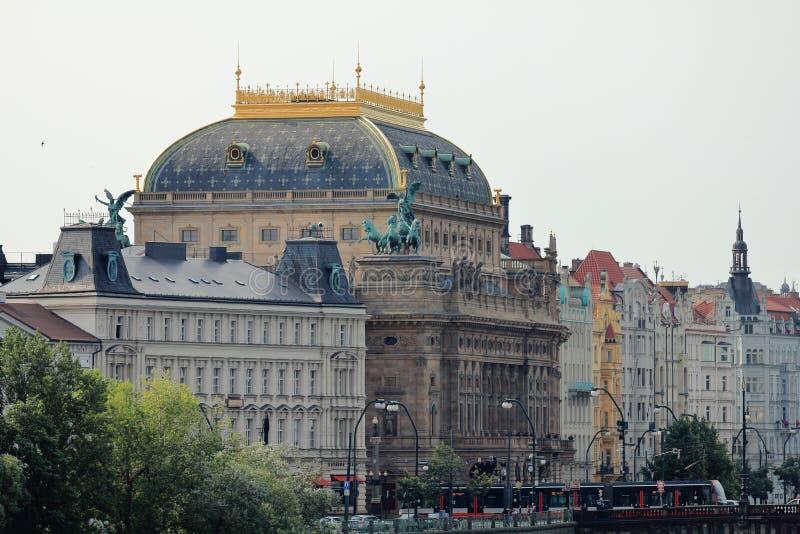 Divadlo de Národní del teatro nacional, Praga Praga, republika de Ceská de la República Checa fotografía de archivo