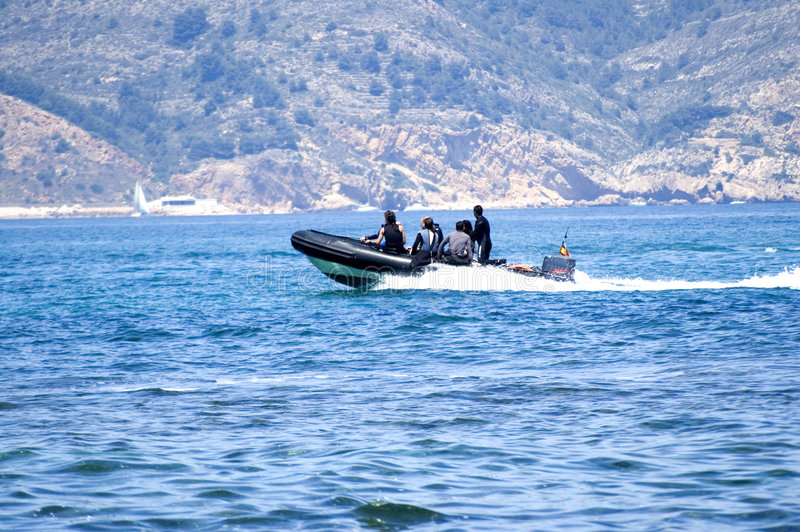 Download Dive Boat stock photo. Image of blanca, fast, speeding - 2493872