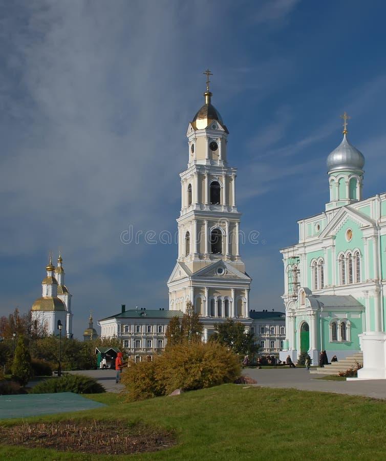 Diveevo Kloster von St.-Seraph von Sarov belfry lizenzfreie stockfotos