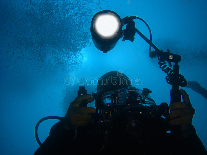 Download Diver With Underwater Camera And Light Stock Image - Image: 14860357