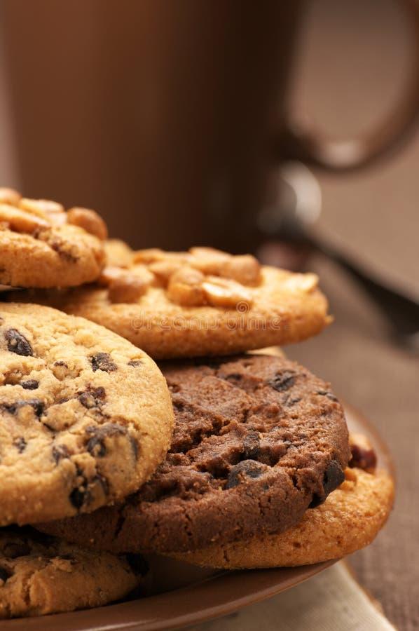 Divers biscuits et café photos stock