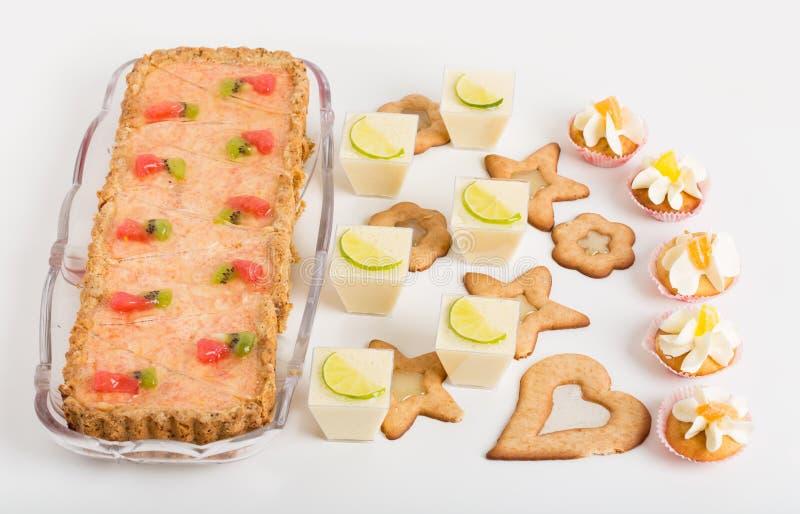 Divers desserts délicieux photo libre de droits