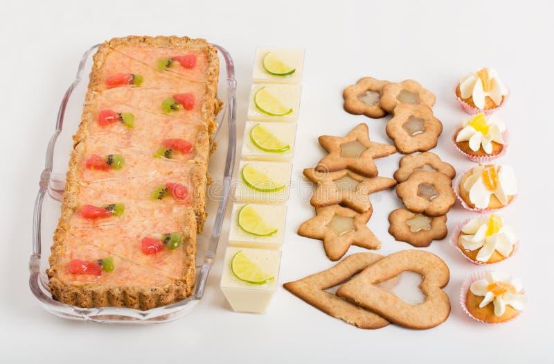 Divers desserts délicieux image libre de droits