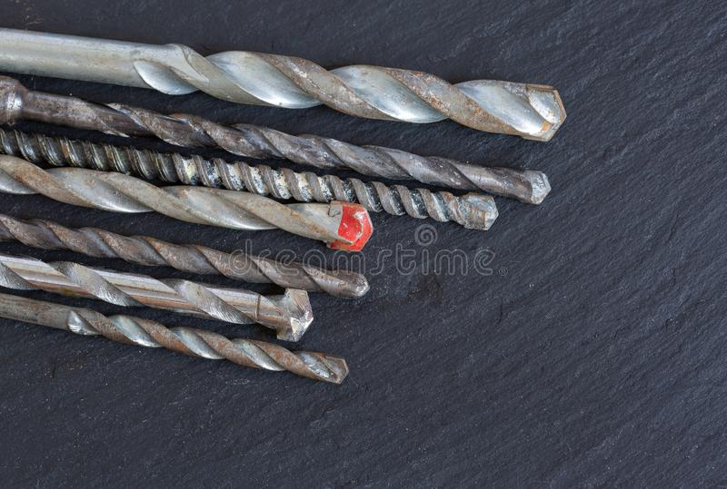 Divers vieux peu de foret de maçonnerie photo stock