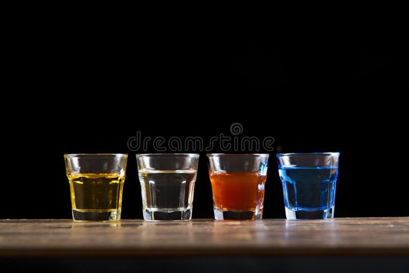 Diversa bebida del tiro cuatro imagen de archivo