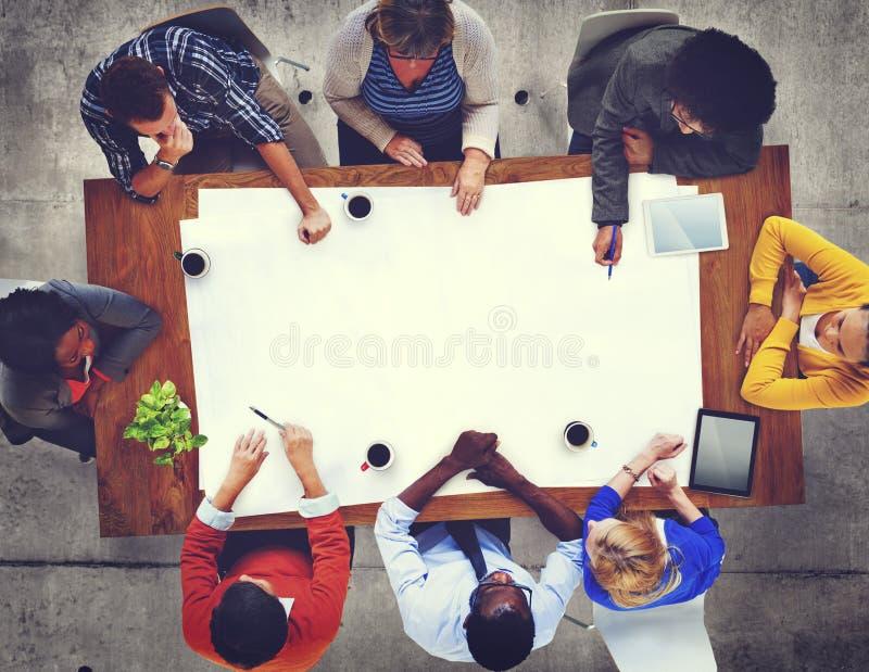 Diversa gente che incontra discussione Team Concept corporativo fotografia stock libera da diritti