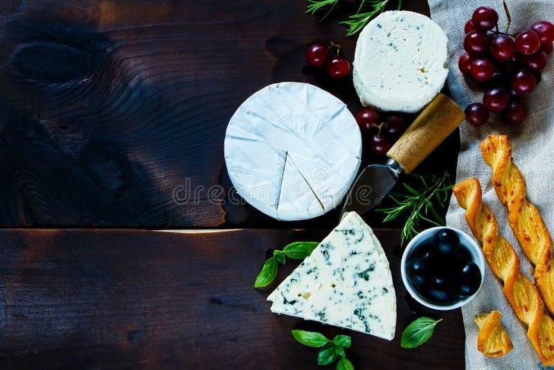 Diversas clases de queso imágenes de archivo libres de regalías