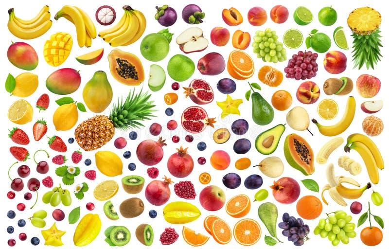 Diversas frutas y bayas aisladas en el fondo blanco con la trayectoria de recortes fotos de archivo