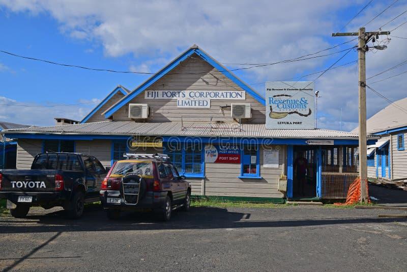 Diversas oficinas en un solo edificio en Levuka, Fiji fotografía de archivo libre de regalías