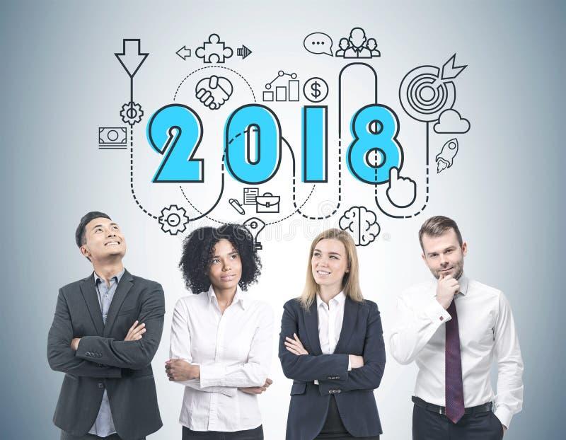 Diverse commerciële teambrainstorming, de strategie van 2018 royalty-vrije stock foto's