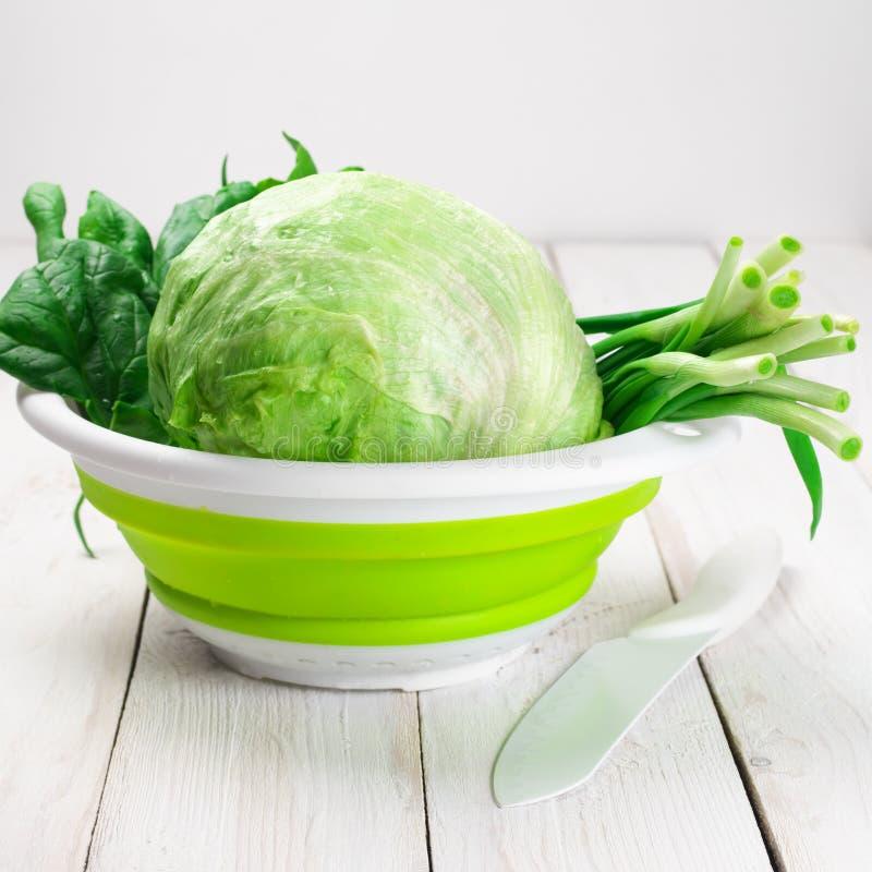 Diverse groene groenten stock afbeeldingen