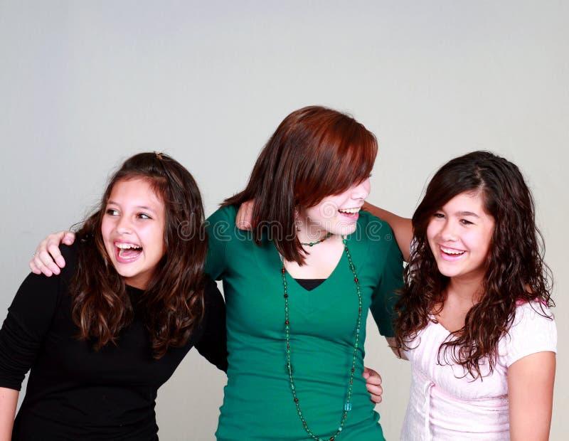 Diverse groep lachende meisjes stock fotografie