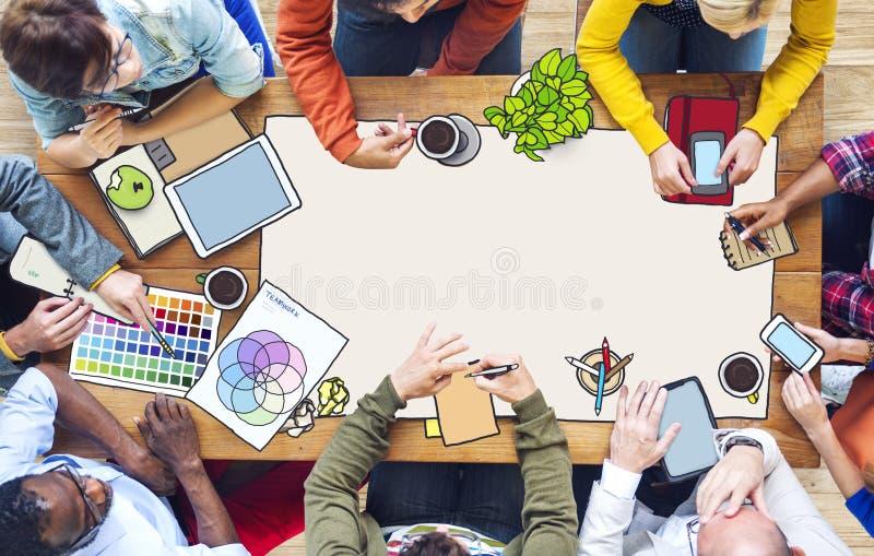 Diverse Mensen en Exemplaarruimte die werken royalty-vrije stock afbeelding