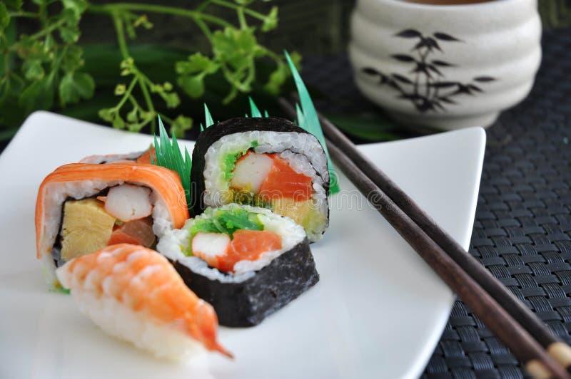 Diverse nourriture de Japonais de sushi images stock