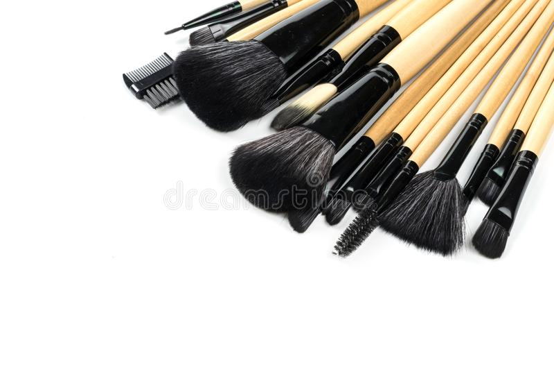 Diverse professionele geïsoleerde make-upborstels stock fotografie