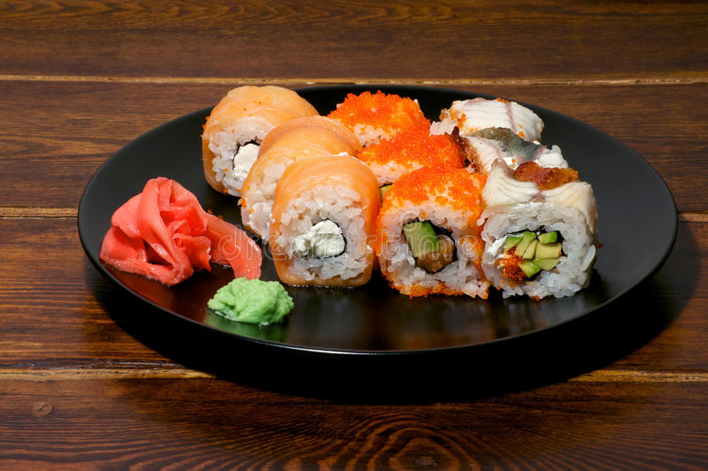 Diverse sushi op de plaat royalty-vrije stock foto's