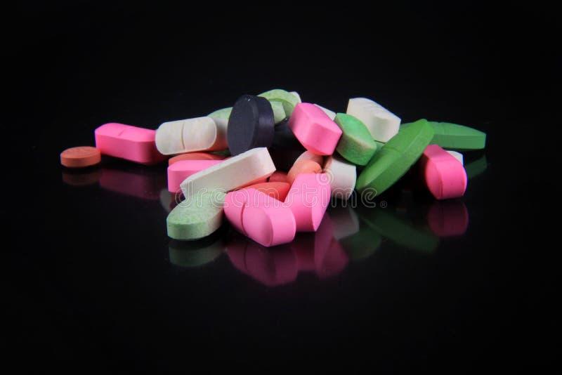 Diverse types van drugs voor ziekten stock foto's