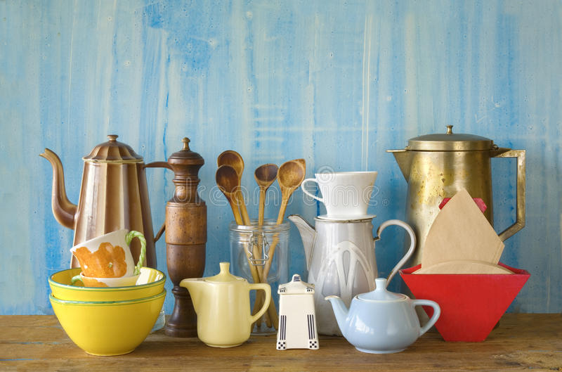 Diverse vaisselle de cuisine de vintage photos libres de droits