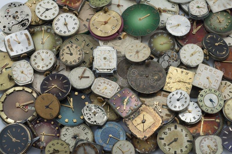 Diverses montres de poche antiques photographie stock libre de droits