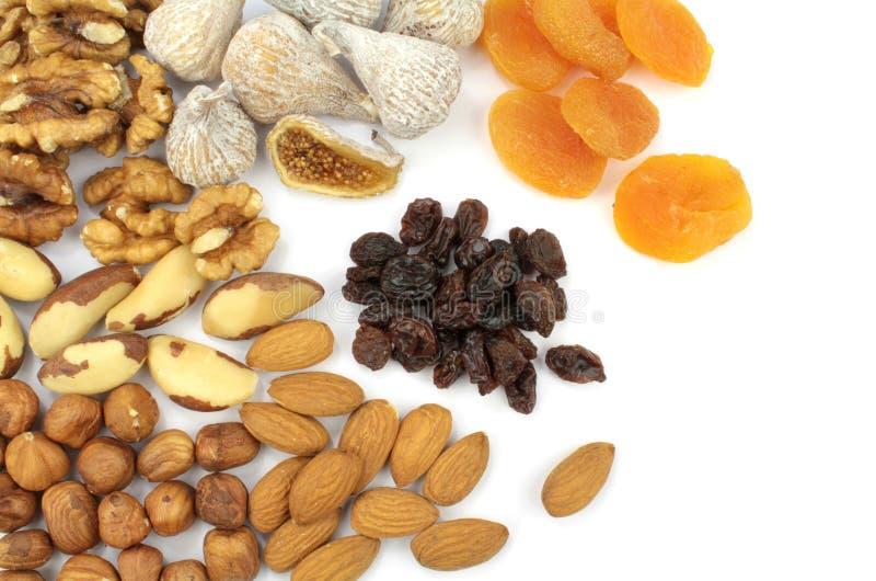 Diverses noix et fruits secs photographie stock